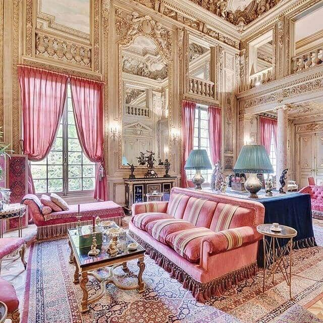 Unique apartment with exceptional decor