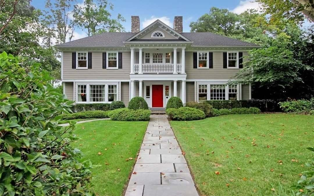 Gracious Northside Colonial
